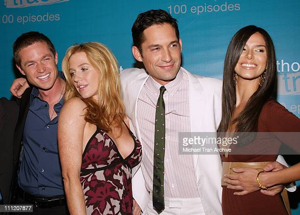 Eric Close Poppy Montgomery Enrique Murciano and Roselyn Sanchez