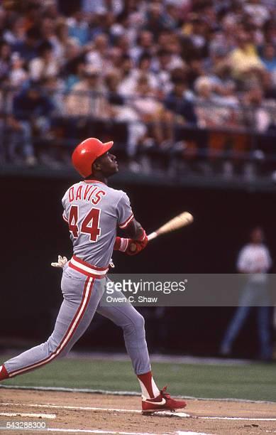ERic Davis of the Cincinnati Reds circa 1989 bats against the San Diego Padres at Jack Murphy Stadium in San Diego Californa