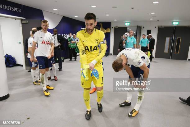Eric Dier Hugo Lloris and Harry Kane wait in the tunnel before the start of the second half during the Premier League match between Tottenham Hotspur...