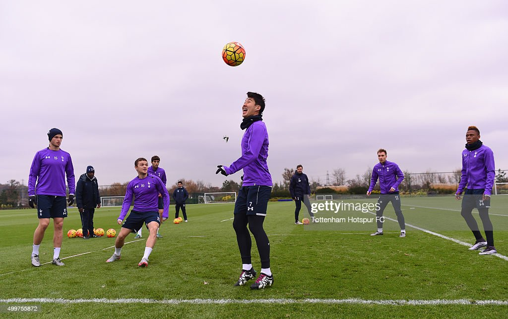 <a gi-track='captionPersonalityLinkClicked' href=/galleries/search?phrase=Eric+Dier&family=editorial&specificpeople=9440610 ng-click='$event.stopPropagation()'>Eric Dier</a>, <a gi-track='captionPersonalityLinkClicked' href=/galleries/search?phrase=Kieran+Trippier&family=editorial&specificpeople=6335851 ng-click='$event.stopPropagation()'>Kieran Trippier</a>, Son Heung-Min, <a gi-track='captionPersonalityLinkClicked' href=/galleries/search?phrase=Christian+Eriksen&family=editorial&specificpeople=6757192 ng-click='$event.stopPropagation()'>Christian Eriksen</a> and <a gi-track='captionPersonalityLinkClicked' href=/galleries/search?phrase=Clinton+N%27Jie&family=editorial&specificpeople=11702476 ng-click='$event.stopPropagation()'>Clinton N'Jie</a> in action during the Tottenham Hotspur training session on December 3, 2015 in Enfield, England.