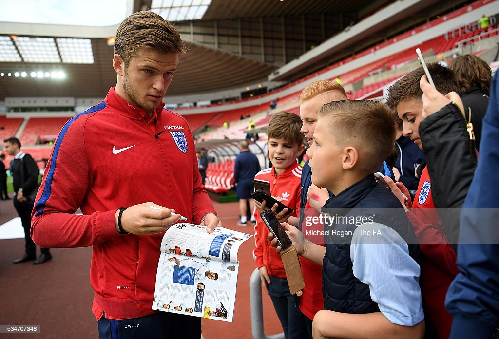 <a gi-track='captionPersonalityLinkClicked' href=/galleries/search?phrase=Eric+Dier&family=editorial&specificpeople=9440610 ng-click='$event.stopPropagation()'>Eric Dier</a> of Englan signs autographs ahead of the International Friendly match between England and Australia at Stadium of Light on May 27, 2016 in Sunderland, England.