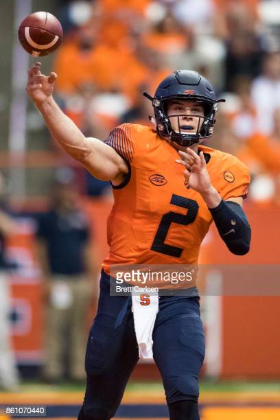 Eric Dungey of the Syracuse Orange passes the ball during the second half against the Clemson Tigers at the Carrier Dome on October 13 2017 in...