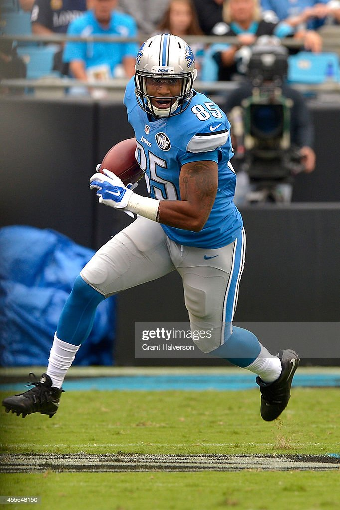 <a gi-track='captionPersonalityLinkClicked' href=/galleries/search?phrase=Eric+Ebron&family=editorial&specificpeople=8312199 ng-click='$event.stopPropagation()'>Eric Ebron</a> #85 of the Detroit Lions against the Carolina Panthers during their game at Bank of America Stadium on September 14, 2014 in Charlotte, North Carolina. The Panthers won 24-7.