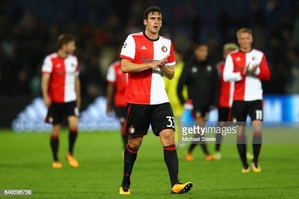 Eric Fernando Botteghin of Feyenoord shows appreciation to the crowd during the UEFA Champions League group F match between Feyenoord and Manchester...
