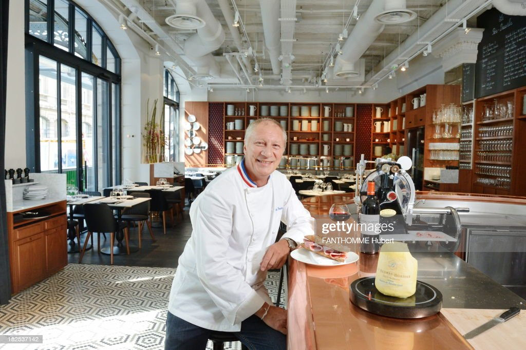 Charming Restaurant Gare St Lazare #12: Eric Frachon Poses In Teh Dining Area Of The Bistro Of Le Lazare The New  Restaurant