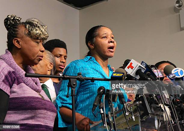 Eric Garner's widow Esaw Garner speaks alongside Garner's mother Gwen Carr regarding the Staten Island grand jury decision of not to indict officer...