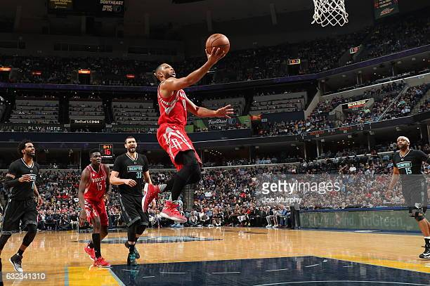 Eric Gordon of the Houston Rockets goes to the basket against the Memphis Grizzlies on January 21 2017 at FedExForum in Memphis Tennessee NOTE TO...