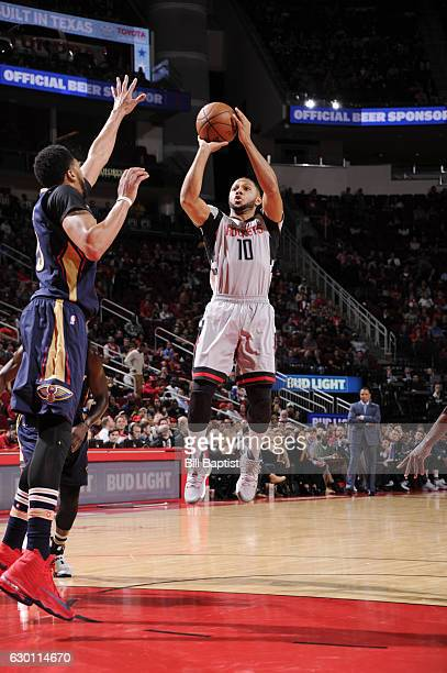 Eric Gordon of the Houston Rockets shoots the ball against the New Orleans Pelicans during the game on December 16 2016 at the Toyota Center in...