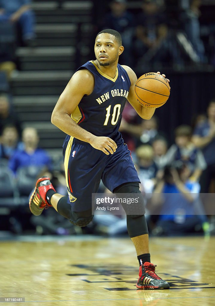 <a gi-track='captionPersonalityLinkClicked' href=/galleries/search?phrase=Eric+Gordon&family=editorial&specificpeople=4212733 ng-click='$event.stopPropagation()'>Eric Gordon</a> #10 of the New Orleans Pelicans dribbles the ball during the NBA game against the Memphis Grizzlies at FedExForum on November 6, 2013 in Memphis, Tennessee.
