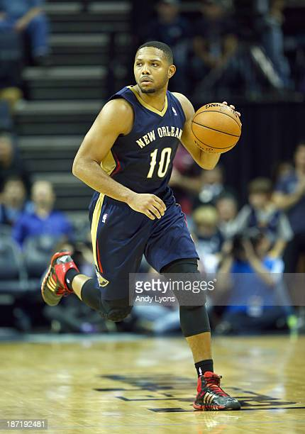 Eric Gordon of the New Orleans Pelicans dribbles the ball during the NBA game against the Memphis Grizzlies at FedExForum on November 6 2013 in...