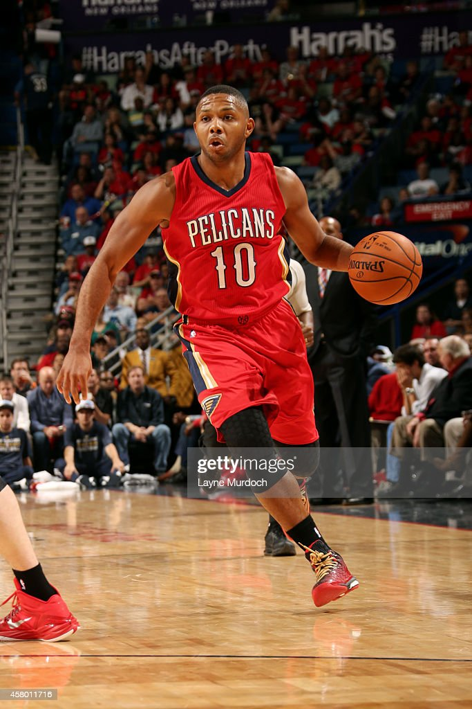 <a gi-track='captionPersonalityLinkClicked' href=/galleries/search?phrase=Eric+Gordon&family=editorial&specificpeople=4212733 ng-click='$event.stopPropagation()'>Eric Gordon</a> #10 of the New Orleans Pelicans drives against the Orlando Magic on October 28, 2014 at Smoothie King Center in New Orleans, LA.