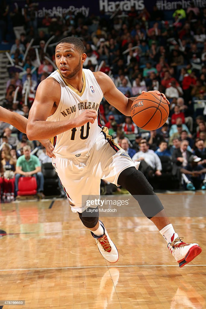 <a gi-track='captionPersonalityLinkClicked' href=/galleries/search?phrase=Eric+Gordon&family=editorial&specificpeople=4212733 ng-click='$event.stopPropagation()'>Eric Gordon</a> #10 of the New Orleans Pelicans drives against the Portland Trail Blazers on March 14, 2014 at the Smoothie King Center in New Orleans, Louisiana.