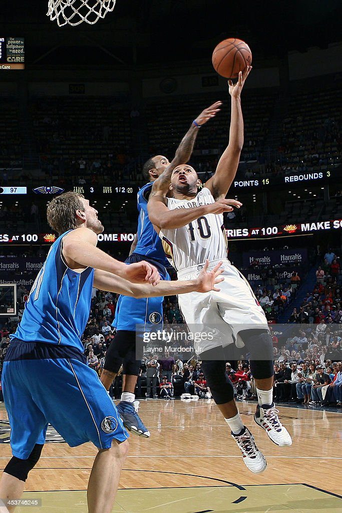 <a gi-track='captionPersonalityLinkClicked' href=/galleries/search?phrase=Eric+Gordon&family=editorial&specificpeople=4212733 ng-click='$event.stopPropagation()'>Eric Gordon</a> #10 of the New Orleans Pelicans drives to the basket against the Dallas Mavericks on December 4, 2013 at the New Orleans Arena in New Orleans, Louisiana.