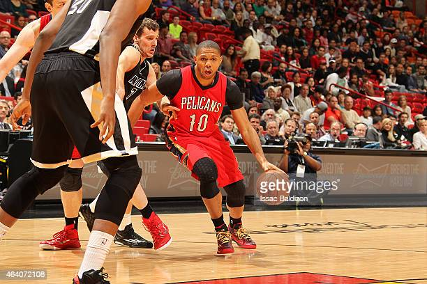 Eric Gordon of the New Orleans Pelicans handles the ball against the Miami Heat during the game on February 21 2015 at AmericanAirlines Arena in...