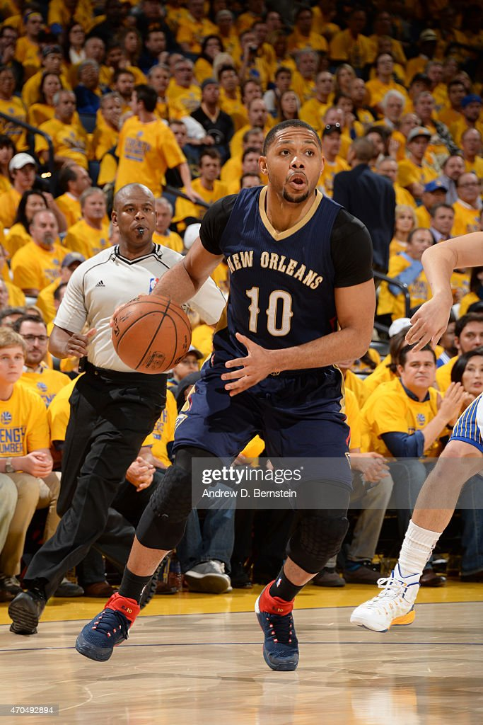 <a gi-track='captionPersonalityLinkClicked' href=/galleries/search?phrase=Eric+Gordon&family=editorial&specificpeople=4212733 ng-click='$event.stopPropagation()'>Eric Gordon</a> #10 of the New Orleans Pelicans handles the ball against the Golden State Warriors during Game Two of the Western Conference Quarterfinals of the 2015 NBA Playoffs on April 20, 2015 at Oracle Arena in Oakland, California.