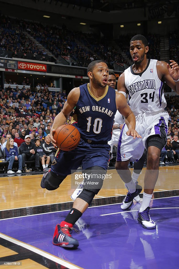 Eric Gordon #10 of the New Orleans Pelicans handles the ball against the Sacramento Kings at Sleep Train Arena on March 3, 2014 in Sacramento, California.