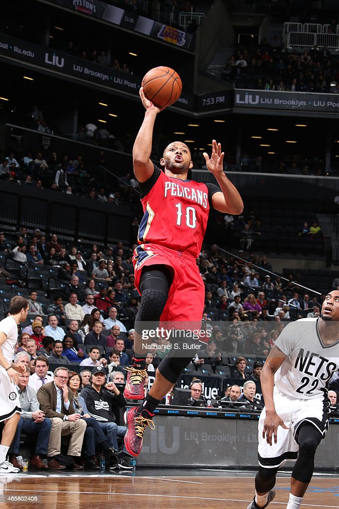 <a gi-track='captionPersonalityLinkClicked' href=/galleries/search?phrase=Eric+Gordon&family=editorial&specificpeople=4212733 ng-click='$event.stopPropagation()'>Eric Gordon</a> #10 of the New Orleans Pelicans shoots against the Brooklyn Nets on March 10, 2015 at the Barclays Center in the Brooklyn borough of New York City.