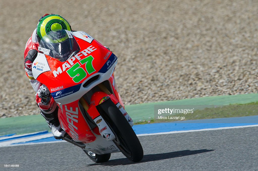 Eric Granado of Brasil and Mapfre Aspar Team Moto3 heads down a straight during the Moto2 and Moto3 Tests In Jerez - Day 3 at Circuito de Jerez on March 20, 2013 in Jerez de la Frontera, Spain.
