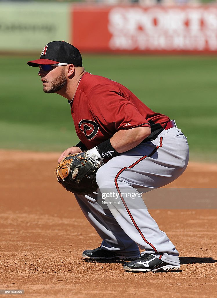 <a gi-track='captionPersonalityLinkClicked' href=/galleries/search?phrase=Eric+Hinske&family=editorial&specificpeople=213156 ng-click='$event.stopPropagation()'>Eric Hinske</a> #22 of the Arizona Diamondbacks gets ready to make a play against the Chicago Cubs at HoHoKam Park on March 1, 2013 in Mesa, Arizona.