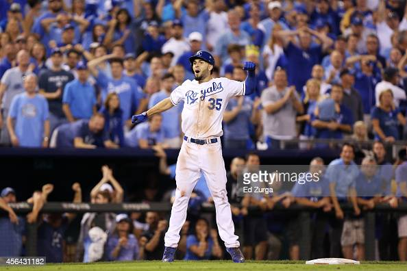 Eric Hosmer of the Kansas City Royals reacts after hitting a triple in the 12th inning against the Oakland Athletics during the American League Wild...