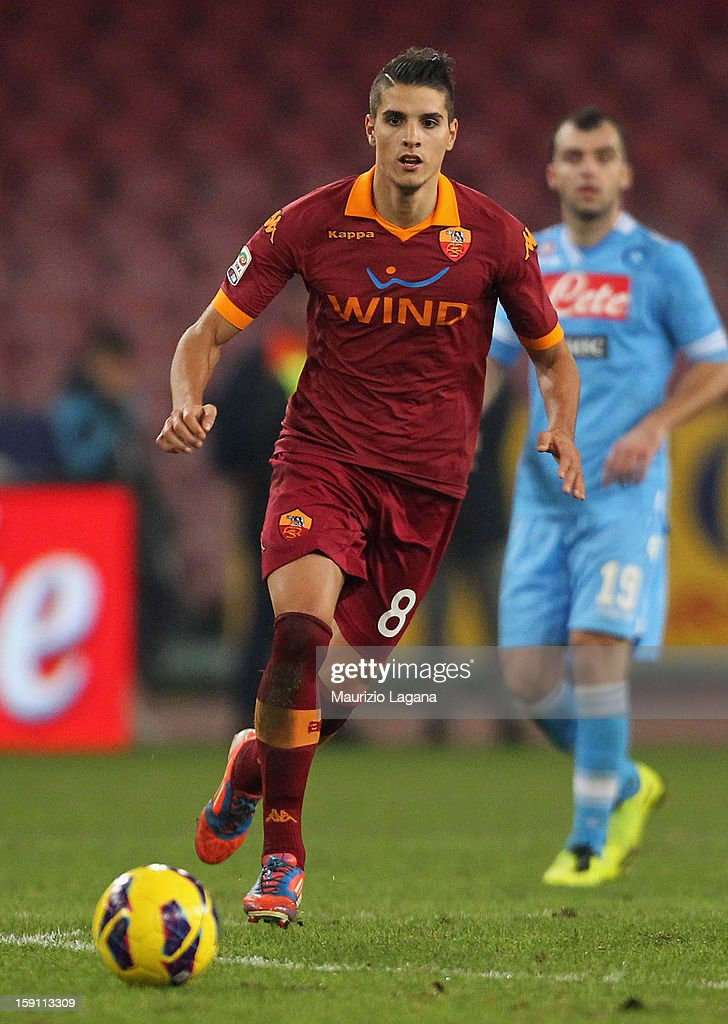 Eric Lamela of Roma during the Serie A match between SSC Napoli and AS Roma at Stadio San Paolo on January 6, 2013 in Naples, Italy.