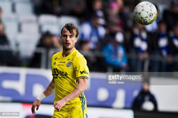 Eric Larsson of GIF Sundsvall heading for the ball during the Allsvenskan match between IFK Goteborg and GIF Sundvall at Gamla Ullevi on November 5...