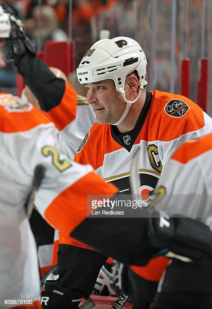 Eric Lindros of the Philadelphia Flyers Alumni looks on from the bench against the Pittsburgh Penguins Alumni on January 14 2017 at the Wells Fargo...
