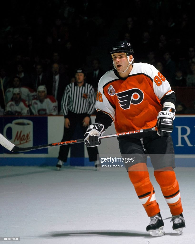 Eric Lindros #88 of the Philadelphia Flyers skates against the Montreal Canadiens in the early 1993 at the Montreal Forum in Montreal, Quebec, Canada.