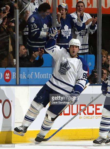 Eric Lindros of the Toronto Maple Leafs celebrates his goal against the Philadelphia Flyers during their NHL game on October 11 2005 at the Air...