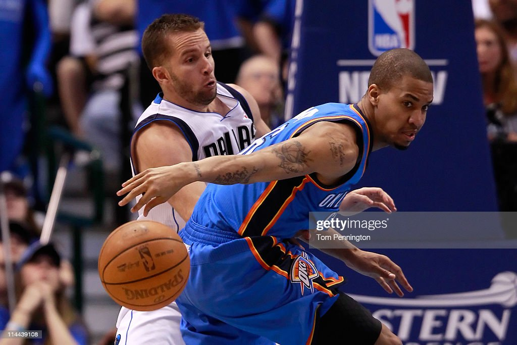 <a gi-track='captionPersonalityLinkClicked' href=/galleries/search?phrase=Eric+Maynor&family=editorial&specificpeople=4194194 ng-click='$event.stopPropagation()'>Eric Maynor</a> #6 of the Oklahoma City Thunder goes after the ball as he is guarded by Jose Juan Barea #11 of the Dallas Mavericks in the fourth quarter in Game Two of the Western Conference Finals during the 2011 NBA Playoffs at American Airlines Center on May 19, 2011 in Dallas, Texas.