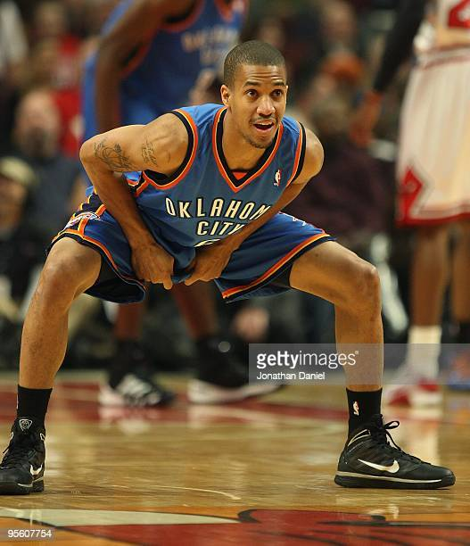 Eric Maynor of the Oklahoma City Thunder sets to defend against the Chicago Bulls at the United Center on January 4 2010 in Chicago Illinois The...