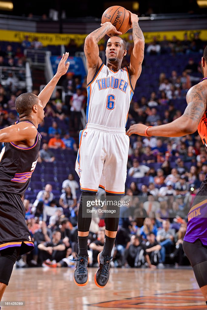 <a gi-track='captionPersonalityLinkClicked' href=/galleries/search?phrase=Eric+Maynor&family=editorial&specificpeople=4194194 ng-click='$event.stopPropagation()'>Eric Maynor</a> #6 of the Oklahoma City Thunder shoots against the Phoenix Suns on February 10, 2013 at U.S. Airways Center in Phoenix, Arizona.