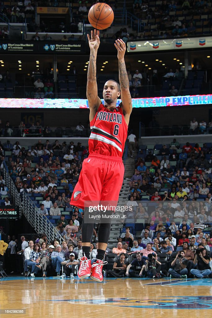 <a gi-track='captionPersonalityLinkClicked' href=/galleries/search?phrase=Eric+Maynor&family=editorial&specificpeople=4194194 ng-click='$event.stopPropagation()'>Eric Maynor</a> #6 of the Portland Trail Blazers takes a shot against the New Orleans Hornets on March 10, 2013 at the New Orleans Arena in New Orleans, Louisiana.