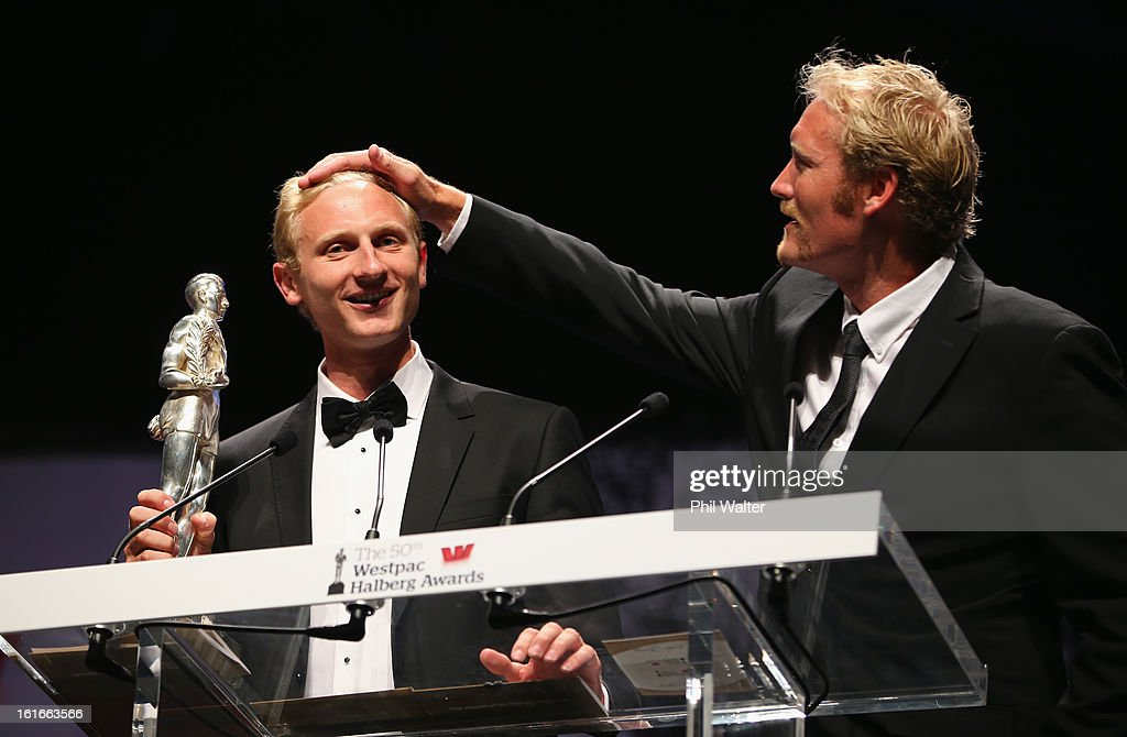 Eric Murray (R) and <a gi-track='captionPersonalityLinkClicked' href=/galleries/search?phrase=Hamish+Bond&family=editorial&specificpeople=761128 ng-click='$event.stopPropagation()'>Hamish Bond</a> (L) accept the overall Halberg Award during the 2013 Halberg Awards at Vector Arena on February 14, 2013 in Auckland, New Zealand.