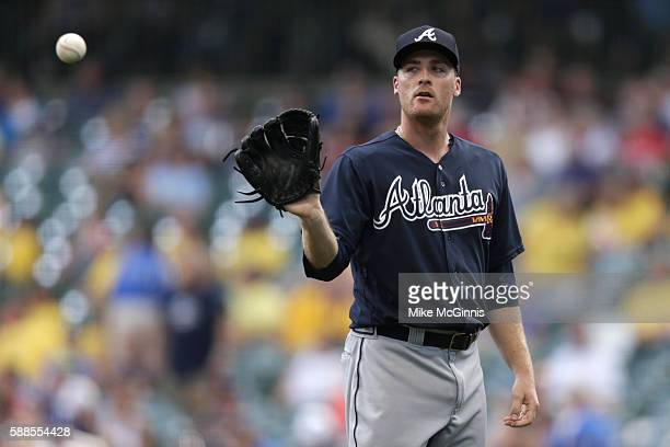 Eric O'Flaherty of the Atlanta Braves pitches during the eighth inning against the Milwaukee Brewers at Miller Park on August 11 2016 in Milwaukee...