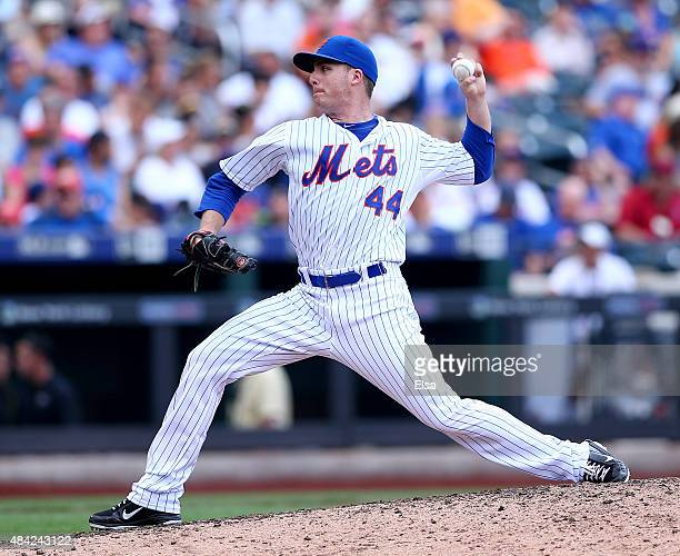 Eric O'Flaherty of the New York Mets delivers a pitch in the seventh inning against the Pittsburgh Pirates on August 16 2015 at Citi Field in the...