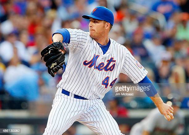 Eric O'Flaherty of the New York Mets in action against the Boston Red Sox at Citi Field on August 29 2015 in the Flushing neighborhood of the Queens...