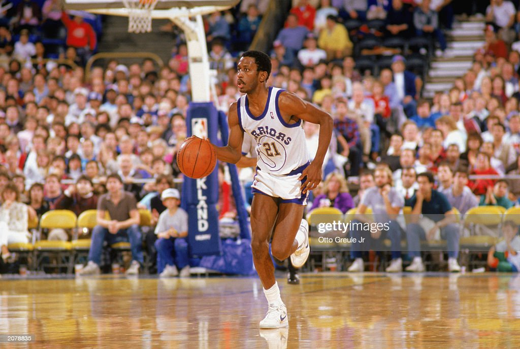 Eric Sleepy Floyd of the Golden State Warriors drives upcourt during an NBA game in the 198889 season NOTE TO USER User expressly acknowledges and...