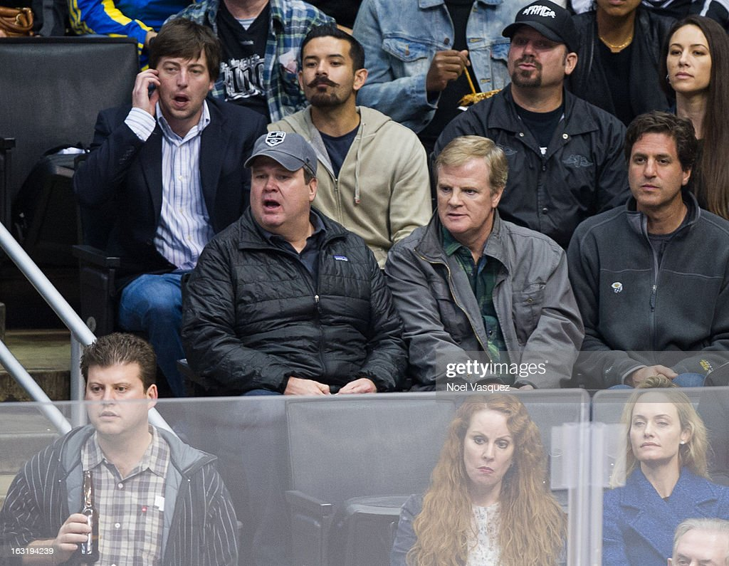 <a gi-track='captionPersonalityLinkClicked' href=/galleries/search?phrase=Eric+Stonestreet&family=editorial&specificpeople=6129010 ng-click='$event.stopPropagation()'>Eric Stonestreet</a> attends a hockey game between the St. Louis Blue and Los Angeles at Staples Center on March 5, 2013 in Los Angeles, California.
