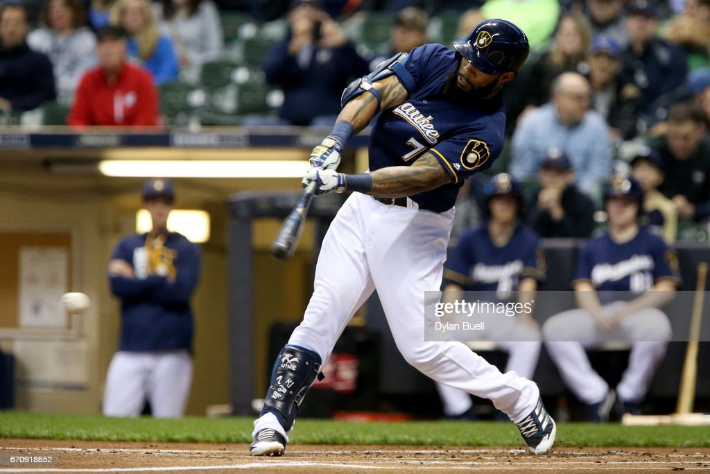 Eric Thames #7 of the Milwaukee Brewers hits a single in the first inning against the St. Louis Cardinals at Miller Park on April 20, 2017 in Milwaukee, Wisconsin.