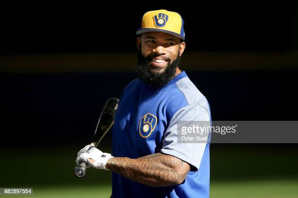 Eric Thames of the Milwaukee Brewers warms up before the game against the New York Mets at Miller Park on May 12 2017 in Milwaukee Wisconsin