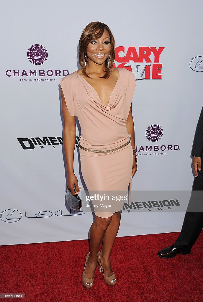 <a gi-track='captionPersonalityLinkClicked' href=/galleries/search?phrase=Erica+Ash&family=editorial&specificpeople=5438567 ng-click='$event.stopPropagation()'>Erica Ash</a> arrives at the 'Scary Movie V' - Los Angeles Premiere at ArcLight Cinemas Cinerama Dome on April 11, 2013 in Hollywood, California.