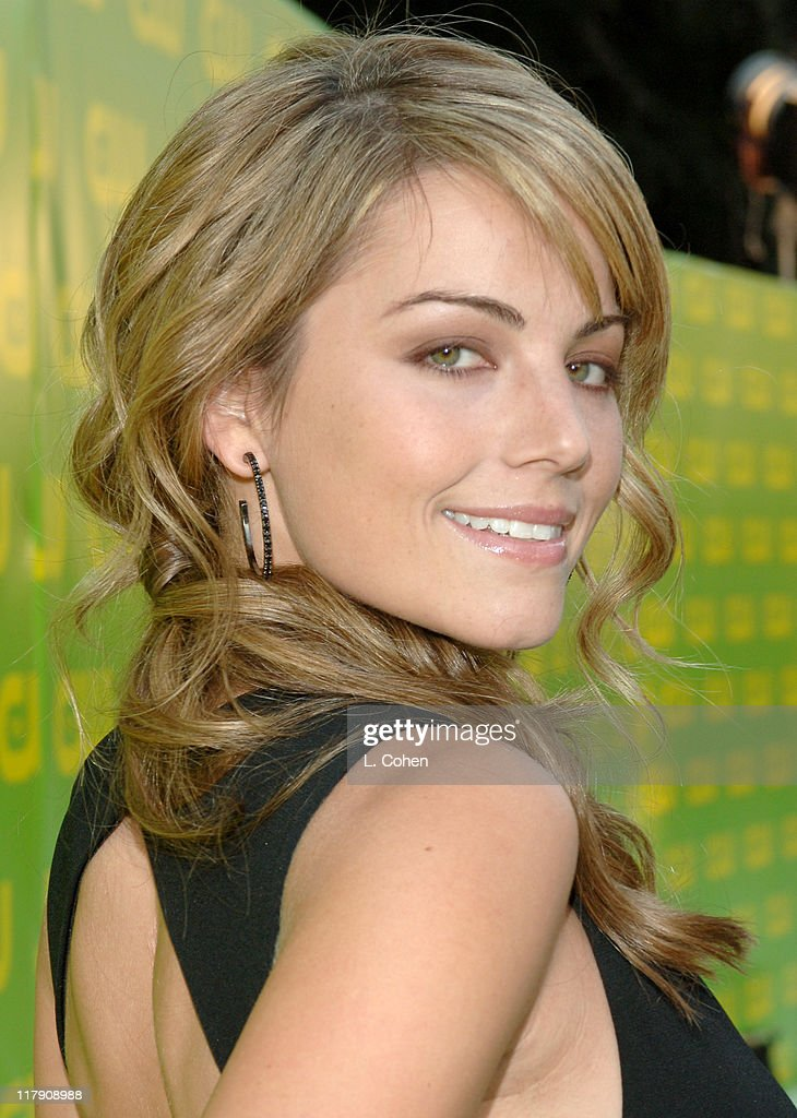 <a gi-track='captionPersonalityLinkClicked' href=/galleries/search?phrase=Erica+Durance&family=editorial&specificpeople=534466 ng-click='$event.stopPropagation()'>Erica Durance</a> during The CW Launch Party - Green Carpet at WB Main Lot in Burbank, California, United States.