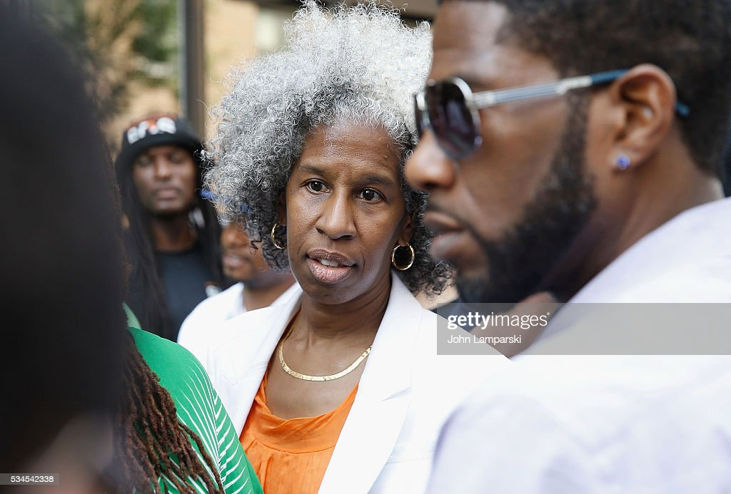 Erica Ford attends National Anti-Violence Community Press Conference at Irving Plaza with family of Ronald McPhatter, shooting victim at Irving Plaza on May 26, 2016 in New York City.