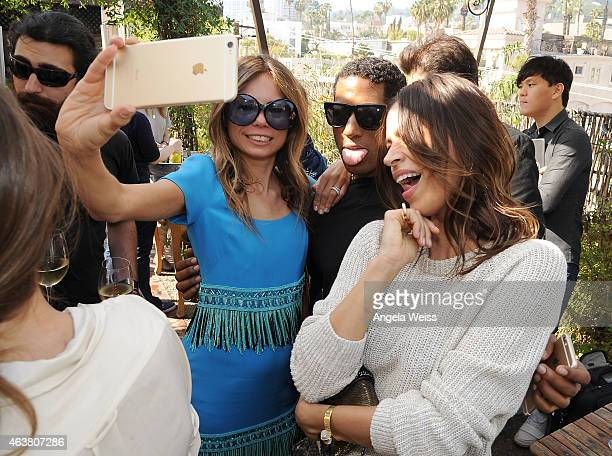 West hollywood pictures stock photos and pictures getty for Amanda family maison
