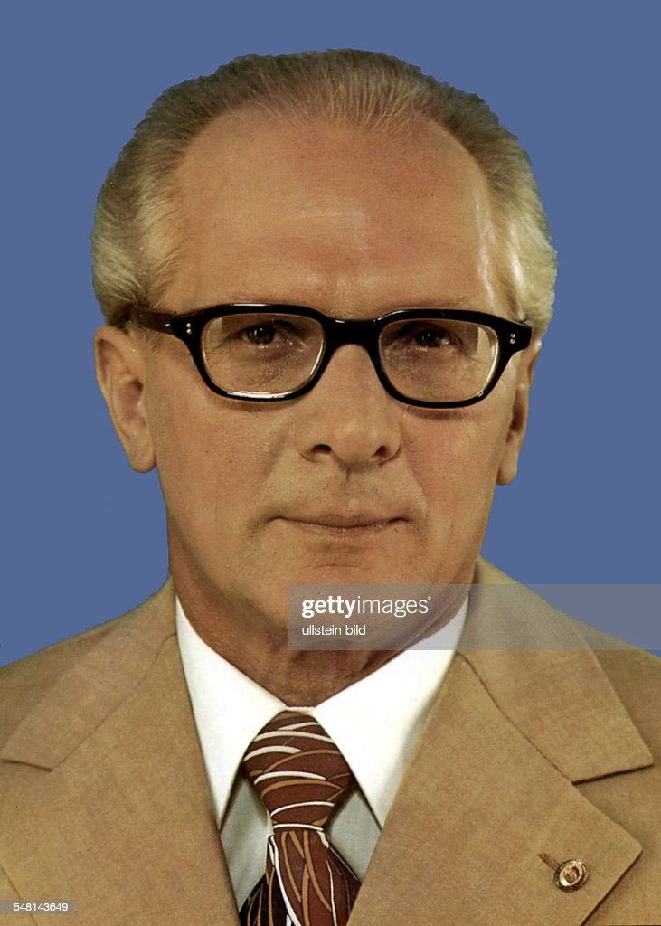 <a gi-track='captionPersonalityLinkClicked' href=/galleries/search?phrase=Erich+Honecker&family=editorial&specificpeople=209084 ng-click='$event.stopPropagation()'>Erich Honecker</a> *-+ Politician, SED, German Democratic Republic - 1980