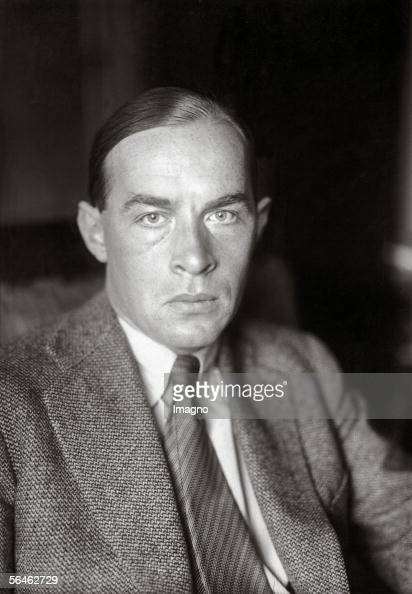 novel by erich maria remarque all Erich maria remarque, pseudonym of erich paul remark, (born june 22, 1898,   the author of im westen nichts neues (1929 all quiet on the western front),  which  the novel's events are those in the daily routine of soldiers who seem to .
