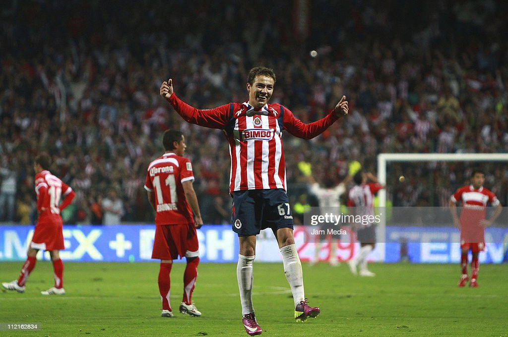 Erick Torres of Chivas celebrates the victory over Toluca after a match as part of the Clausura Tournament in the Mexican Football League at Nemesio...