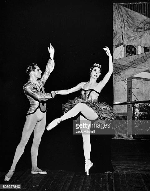 Erik Bruhn and Nora Kaye performing the Paquita pas de deux in 1956