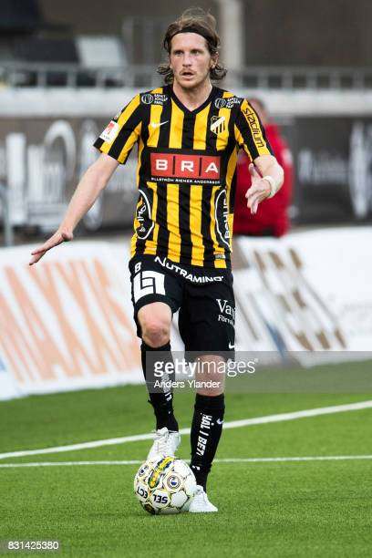 Erik Friberg of BK Hacken controls the ball during the Allsvenskan match between BK Hacken and GIF Sundsvall at Bravida Arena on August 14 2017 in...